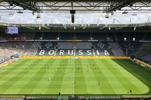 نتيجة الشوط الأول من مباراة بوروسيا مونشنجلادباخ وباير ليفركوزن في الدوري الألماني
