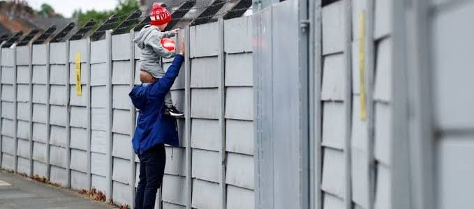 ليفربول أول الفرق الإنجليزية العائدة للتدريبات استعدادا لاستئناف النشاط